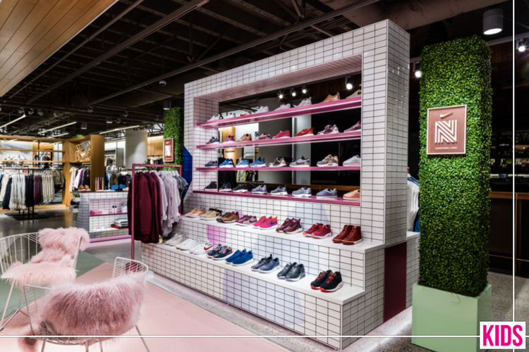 Hop Agenturen voegt Guess Kids Shoes toe KIDS fashion mag